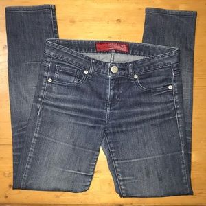 Guess Jeans size 26 Stretch